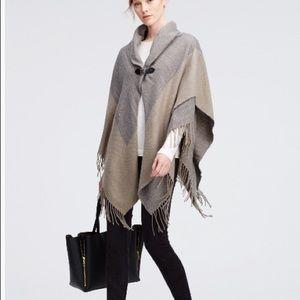 Anne Taylor - grey buckle fringe cape xl